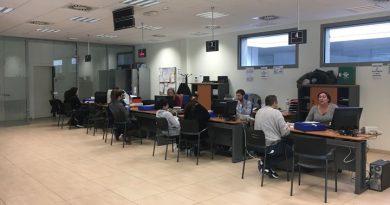 Entidades policíacas refuerzan servicio de documentación para los afectados por el incendio