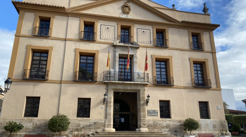 Paterna apoya el empleo de las personas con discapacidad intelectual a través de un convenio con el Patronato Francisco Esteve